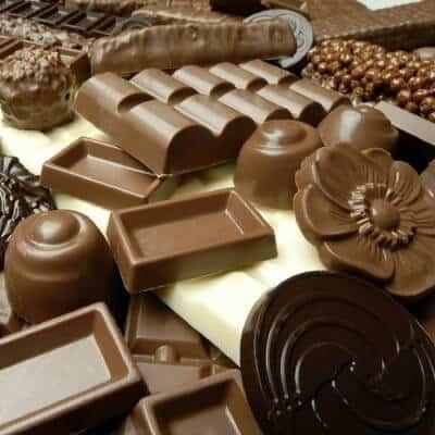 Hay muchas razones para comer chocolate y ser feliz