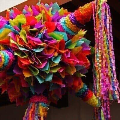 Las piñatas navideñas, tradición mexicana